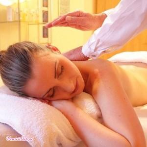 Zabiegi laserowe i masaż twarzy - salon odnowy