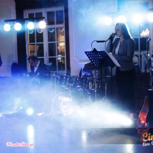 Cinnamon Live